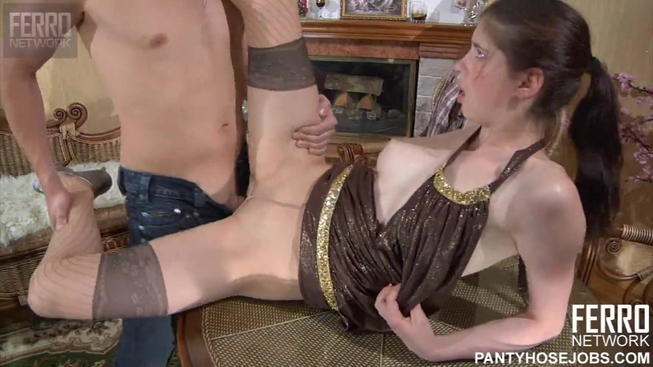 Милашка У Массажиста / Ilina Sucks A Nice Thick Dick (2021) Siterip