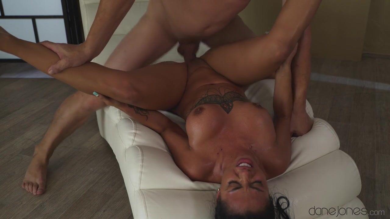 Порно Мужик Стонет Во Время Секса