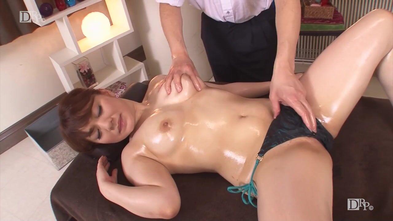 Азиатка на массажер у ребенка тело горячее а руки ноги холодные