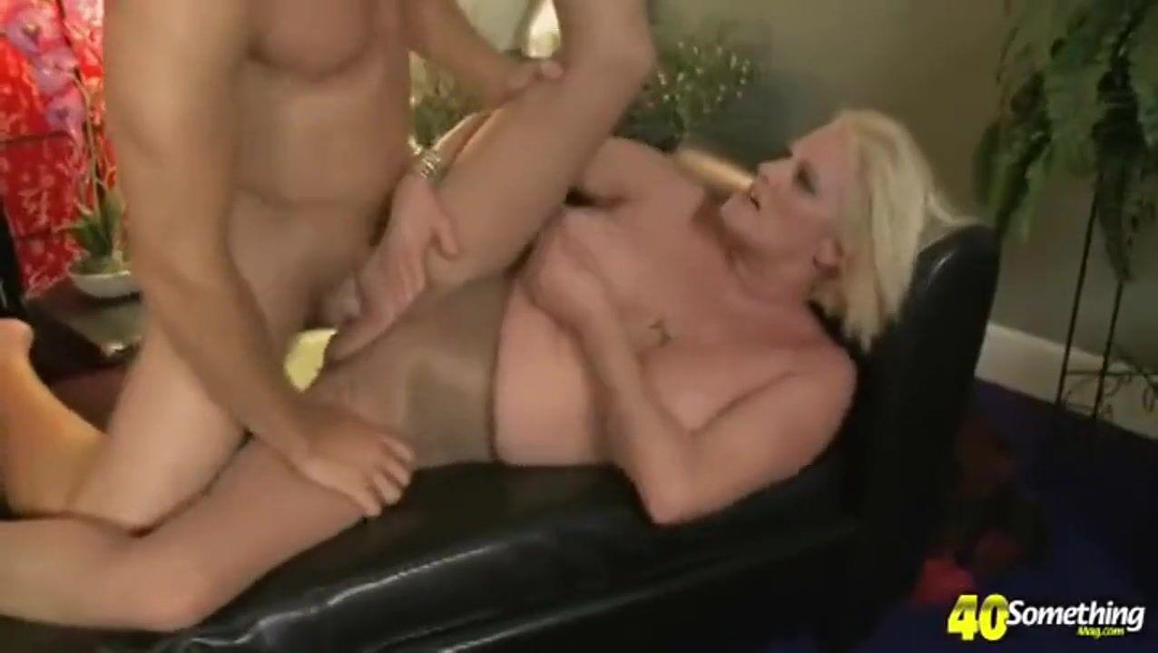 Порно Онлайн Сисястая Старуха